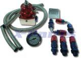 Benzindruckregler mit Manometer und Schläuchen